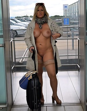 Hot Moms Reality Porn Pictures