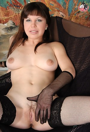 Hot Russian Moms Porn Pictures