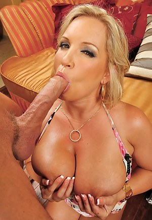 Hot Moms Monster Cock Porn Pictures