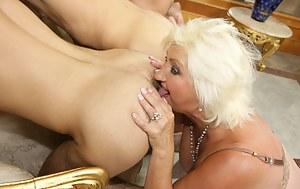 Hot Moms Rimjob Porn Pictures
