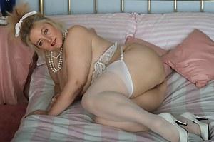 Hot BBW Moms Porn Pictures
