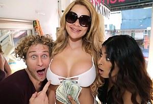 Hot Moms Money Porn Pictures